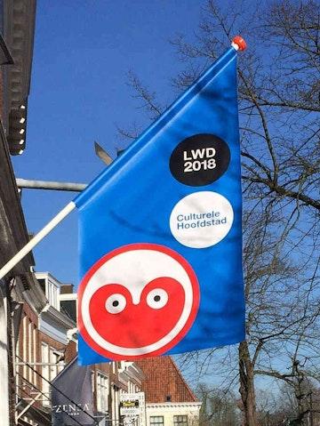 Kioskvlag PVC voor aan de gevel dubbelzijdig